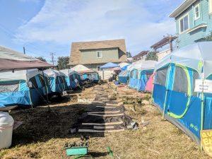 Good Samaritans in Oakland Transform Empty Lot Into Sanctuary for Homeless Women