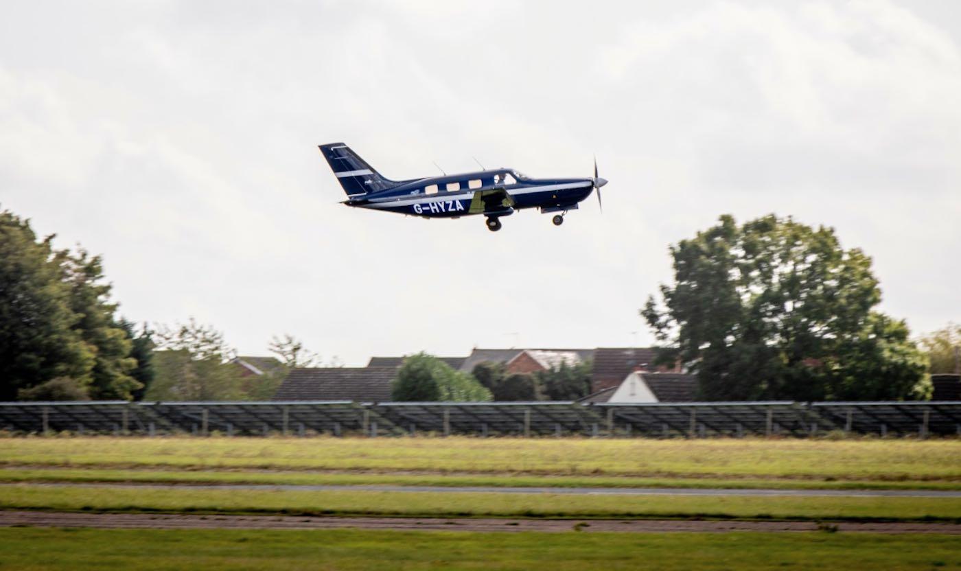 World's First Hydrogen-Powered Passenger Plane Lifts Off On Maiden Zero-Emissions Flight